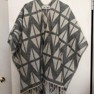 Women's blanket poncho